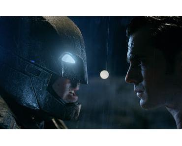 Comic-Con 2015 : Nouveau trailer vost dément pour Batman V Superman : L'Aube de la Justice !