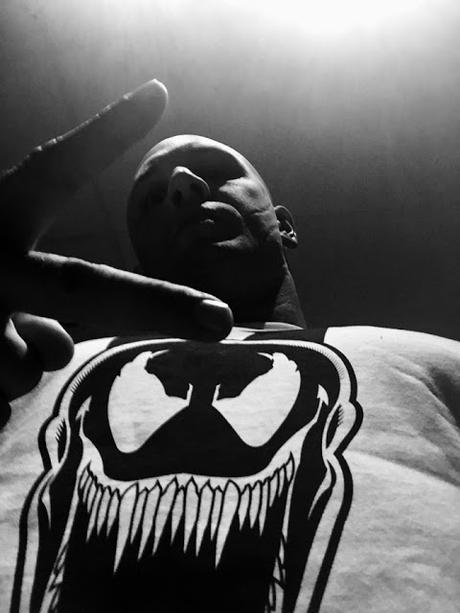 Riz Ahmed rejoint Tom Hardy au casting de Venom signé Ruben Fleischer