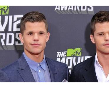 The Batman : Max et Charlie Carver au casting du film de Matt Reeves ?